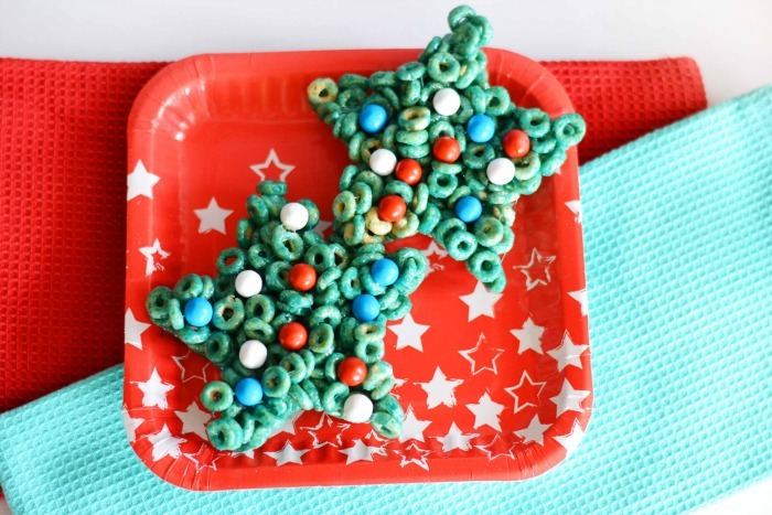 Red, White, and Blue Cereal Treats on a red and white star plate.