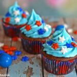 red-blue-white-star-cupcakes