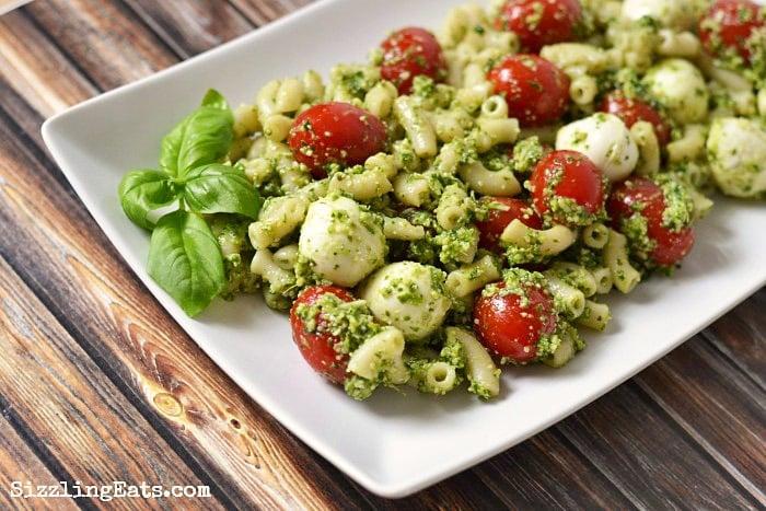 Pesto-Caprese-Pasta-Salad-recipe