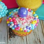 colorful-candy-cupcakes