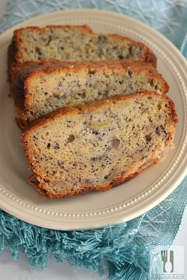 banana-almond-bread