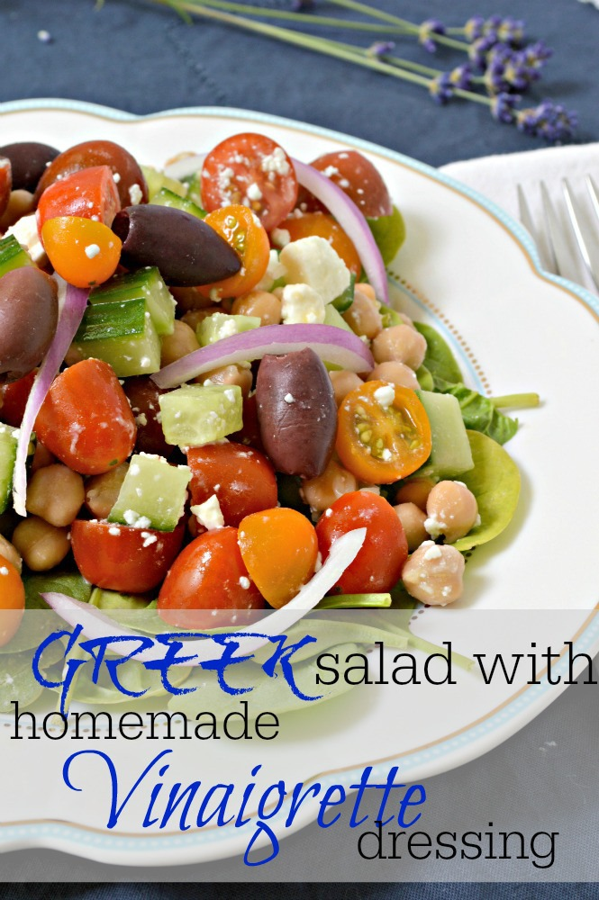 greek_salad_with_homemade_vinairgrette_dressing