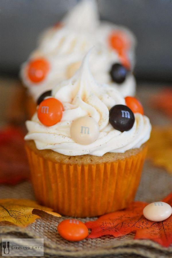 Harvest-surpise-cupcakes