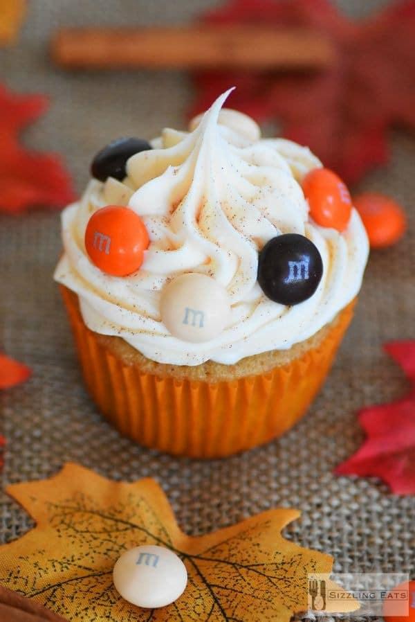 apple-pumpkin-spice-cupcake