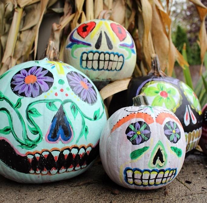 Sugar-Skull-pumpkins