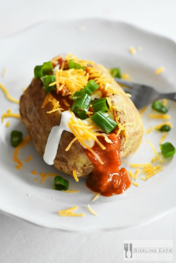 Loaded-chili-baked-potato