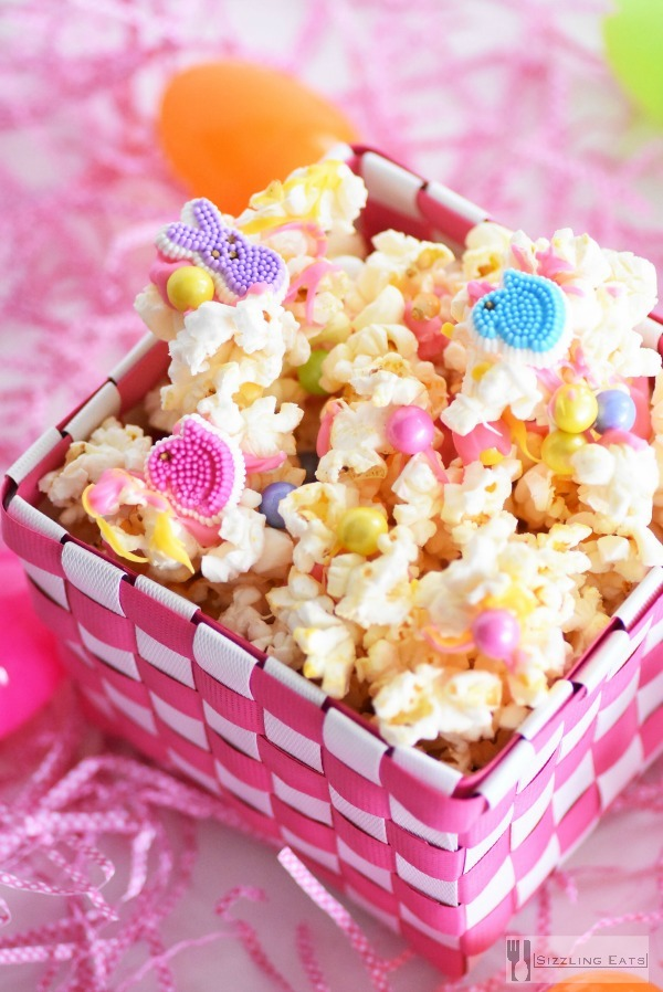 Candy-popcorn-mix