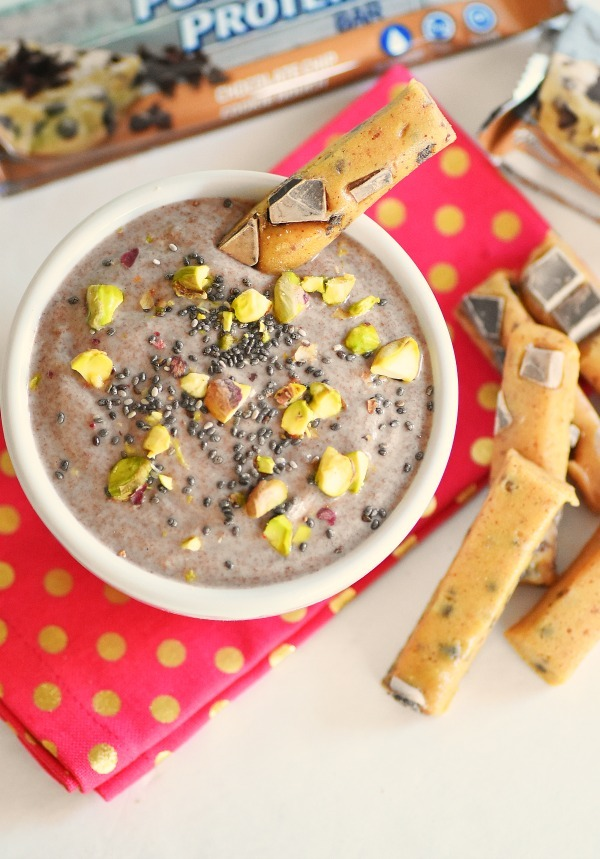 Raw-Cacao-Yogurt-Pistachio-dip