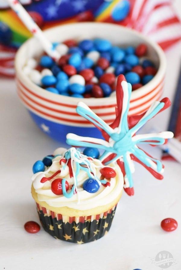 Skittles-fireworks-cupcakes
