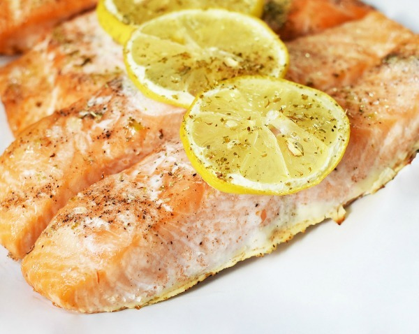 Baked-lemon-herb-salmon_edited-1