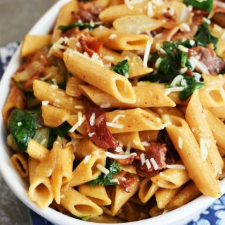 bacon-spinach-pasta-dish