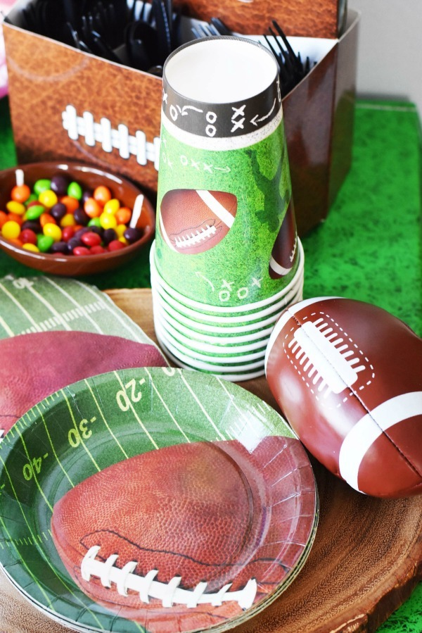 football-partyware