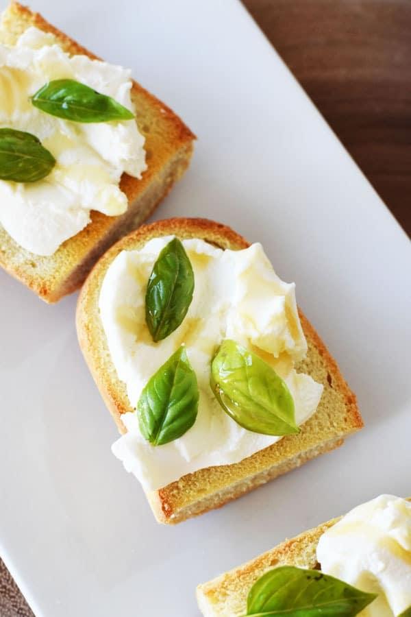 sweet-ricotta-toasts_edited-1