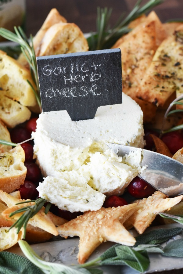 holiday-cheese-spread