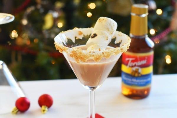 marshmallow-smores-martini