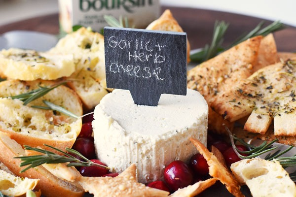 spreadable-cheese-platter