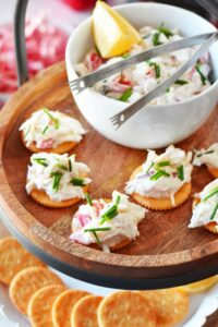Quick Crab Meat Salad Cracker Appetizer