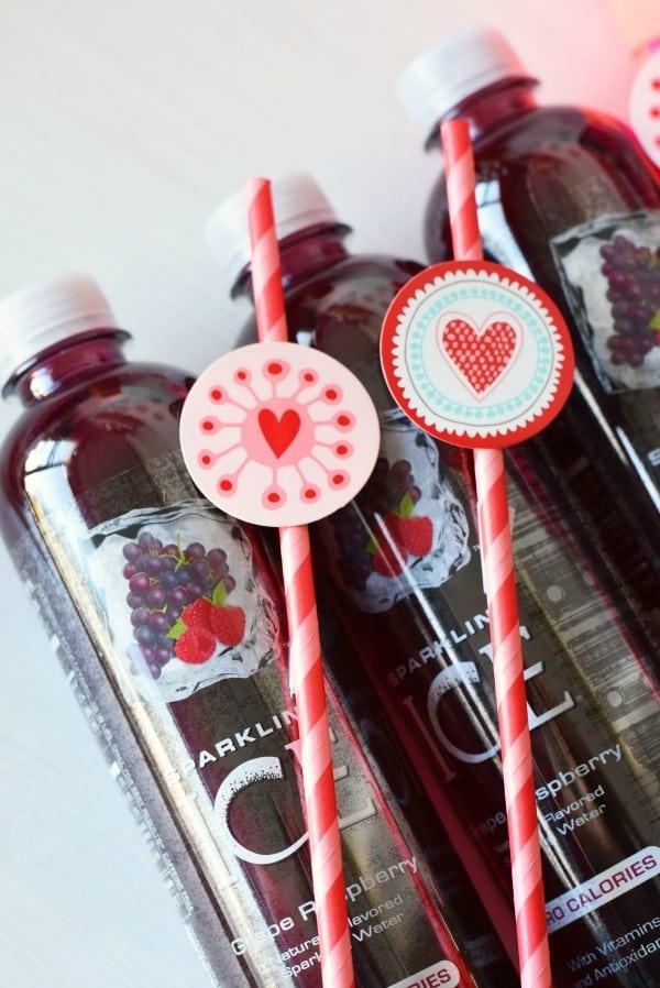 Heart-straw-on-bottle