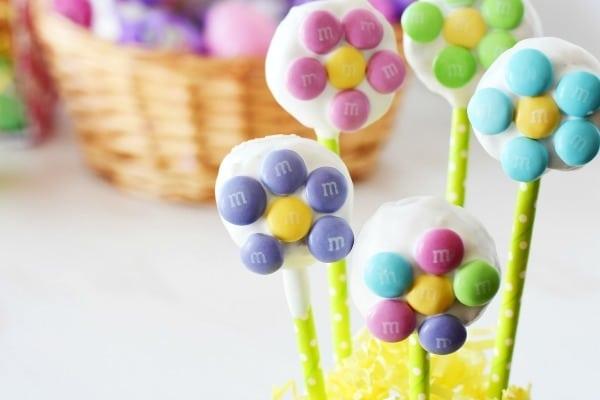 M&M Flower Cake Pops