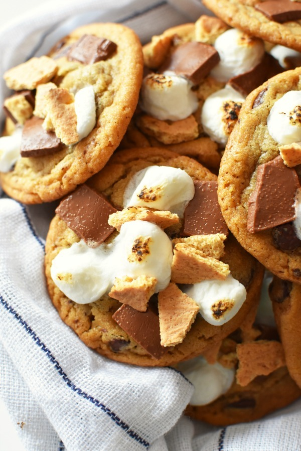 S'mores Cookies Recipe {Quick & Easy}
