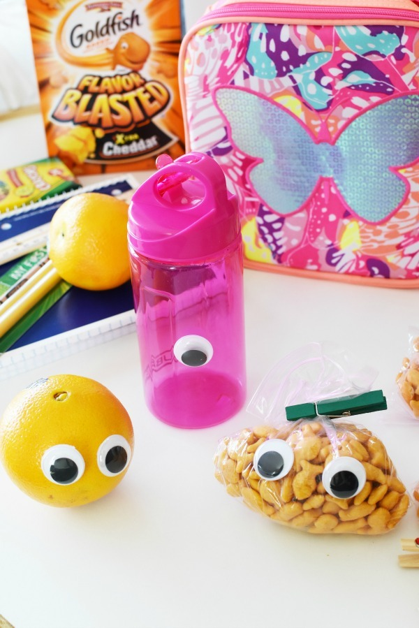 Squiggley Eye lunchbox characters1
