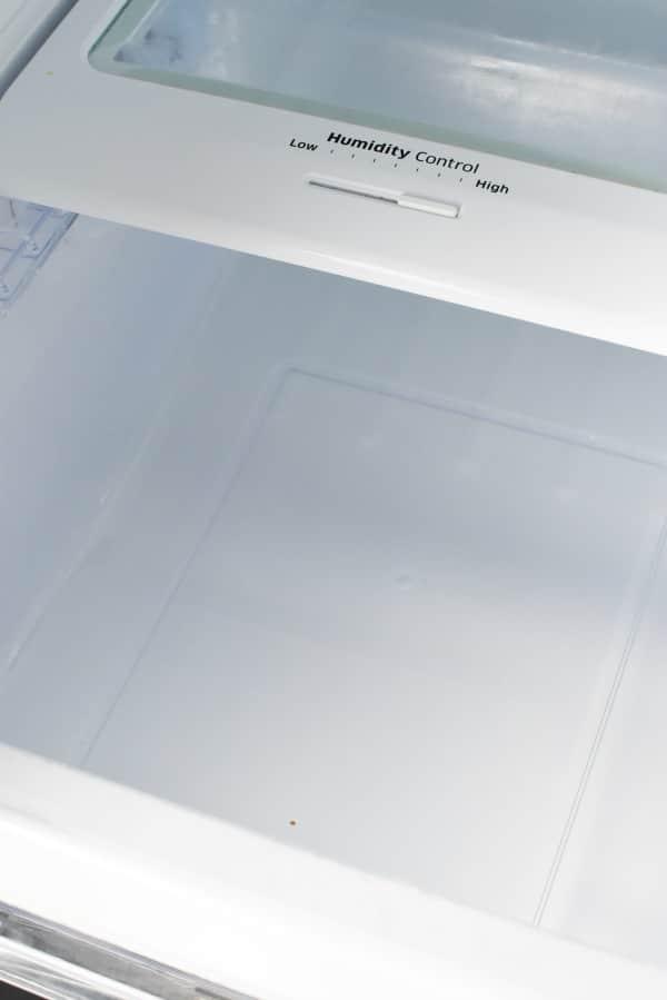 Clean fridge with Borax