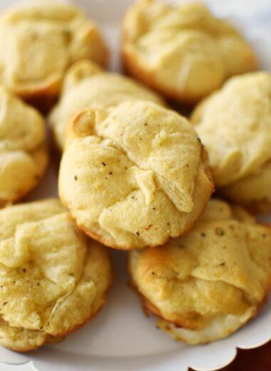 Garlic Bread Cheese Bombs