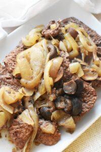 Steak Mushrooms and Onion in Crockpot1