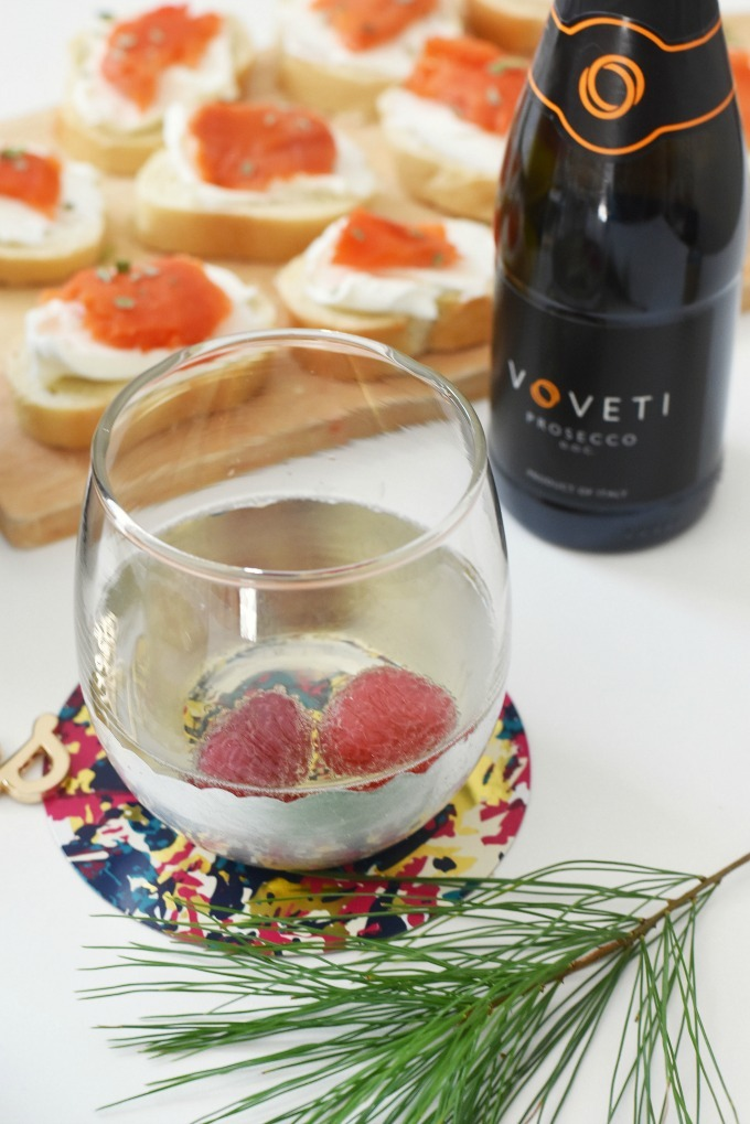 Voveti Prosecco and Salmon Appetizer1