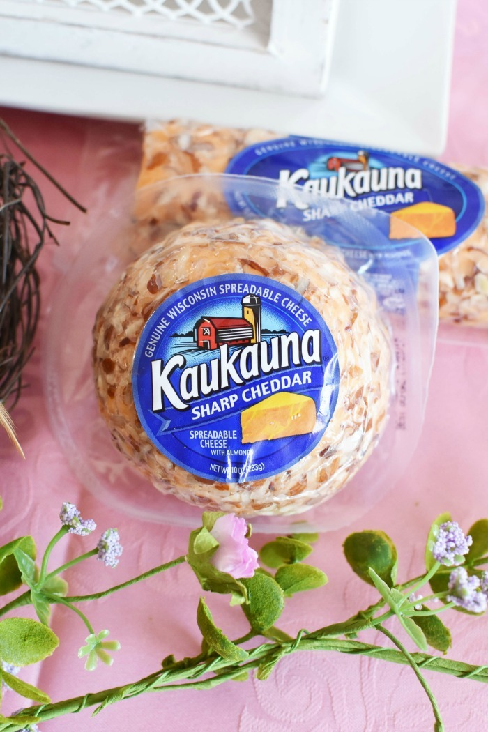 Kaukauna Cheese ball snack