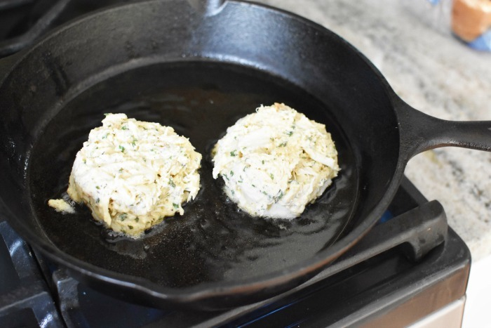 Jumbo Lump Crab Cakes 1