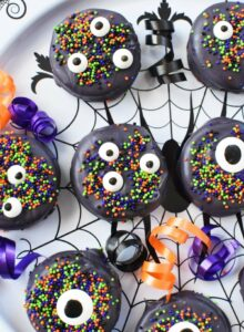Black Halloween Candy Oreos 1