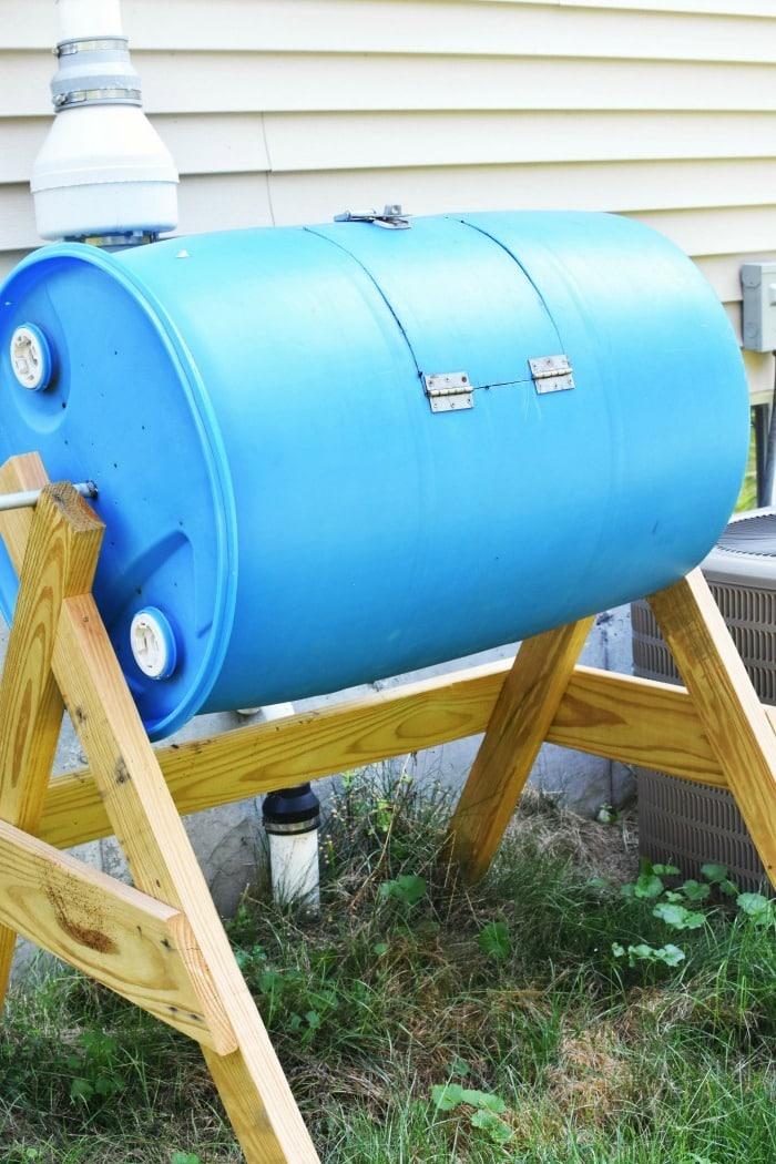 Rotating Compost Bin 1
