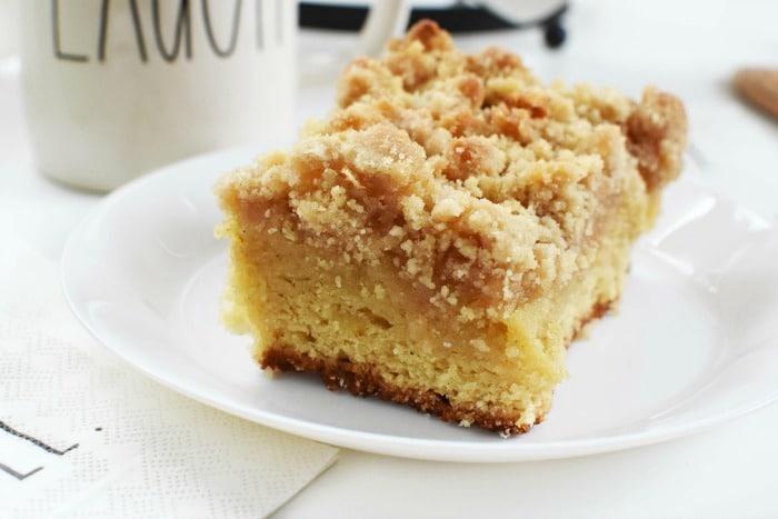 Organic Apple Spice Crumb Cake 1