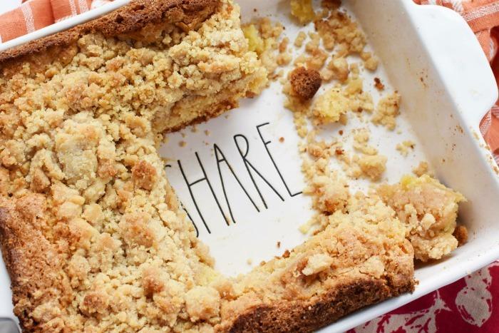 Organic Hellmanns Apple Spice Cake 1