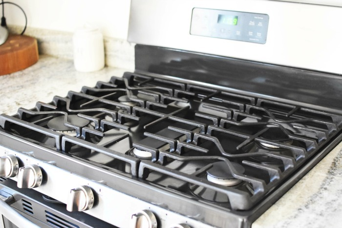 Clean Gas Stove 1