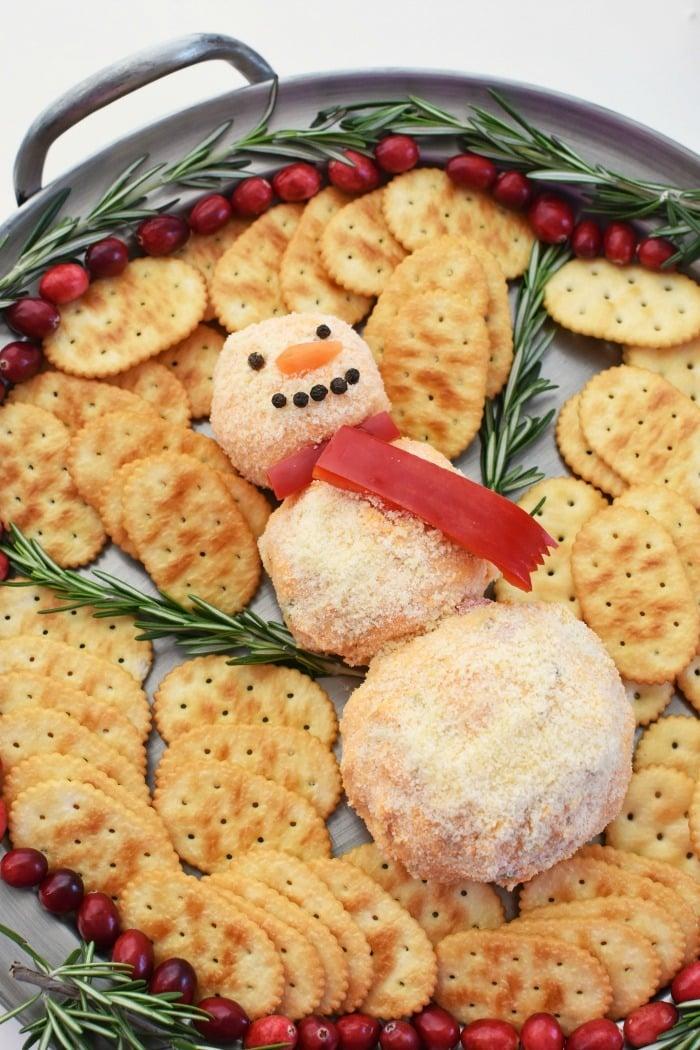 Snowman Cheeseball Cracker Platter 1