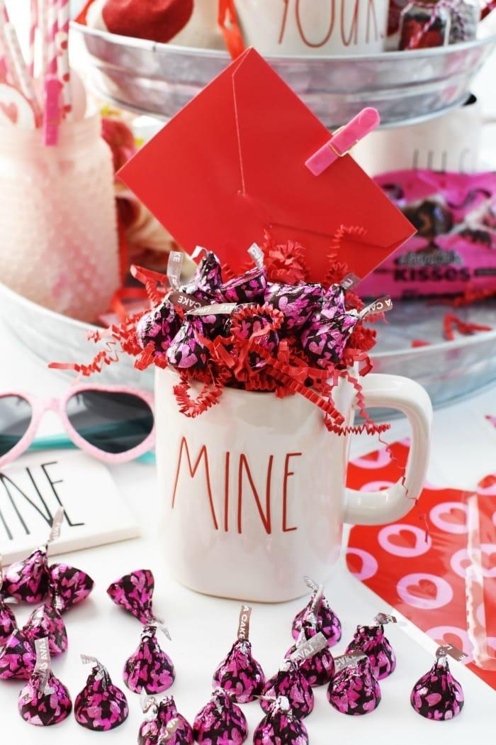 Be Mine Mug with Candy 1