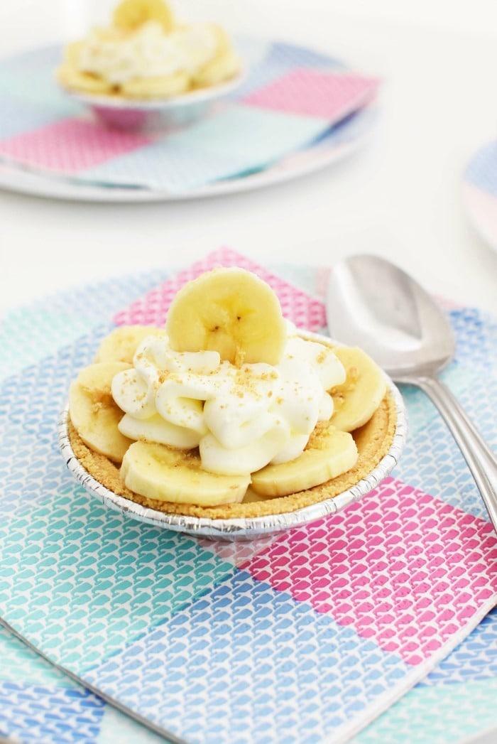 Mini No Bake Banana Cream Pies