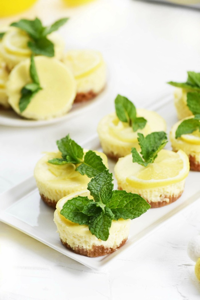 Lemon and Mint Cheesecakes with mint