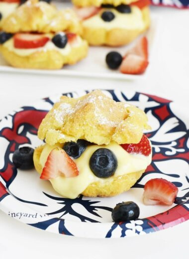 Berry Cream Puffs with Pastry Cream