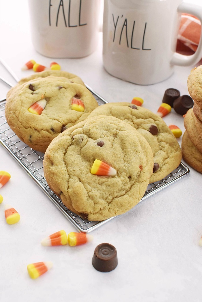 Candy Corn Caramel Cookies Recipe
