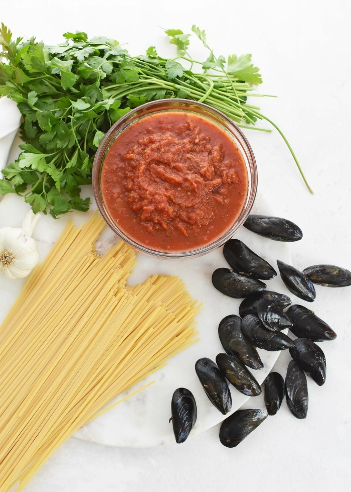 Pasta and Mussels with red sauce