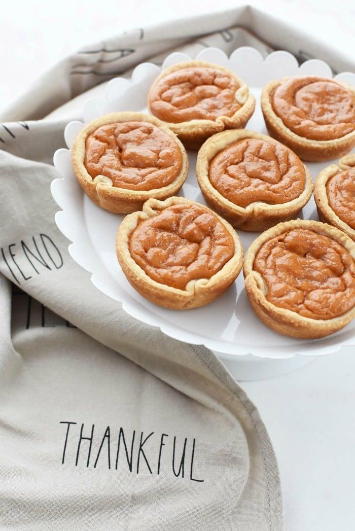Mini Pumpkin pies easy recipe