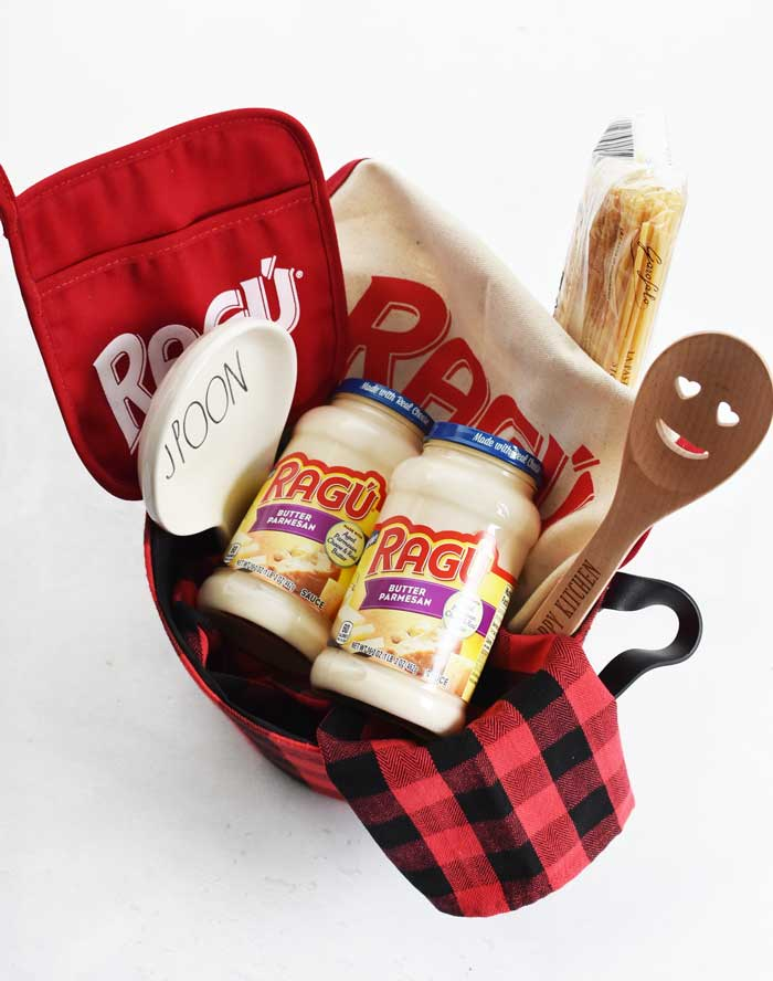 Pasta-Gift-Basket-Idea