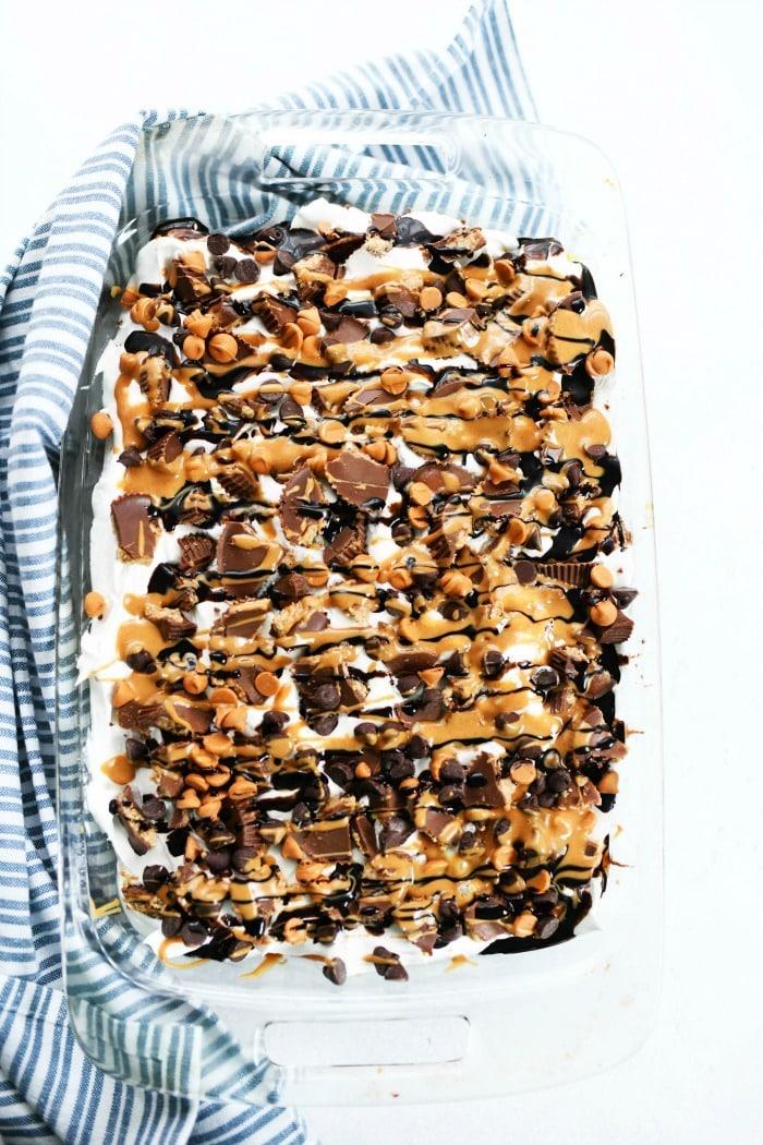 Peanut Butter Cup poke cake