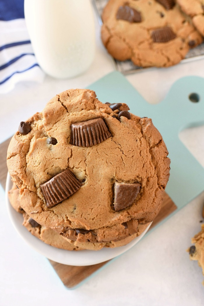 Reeses Jumbo Peanut Butter Cups