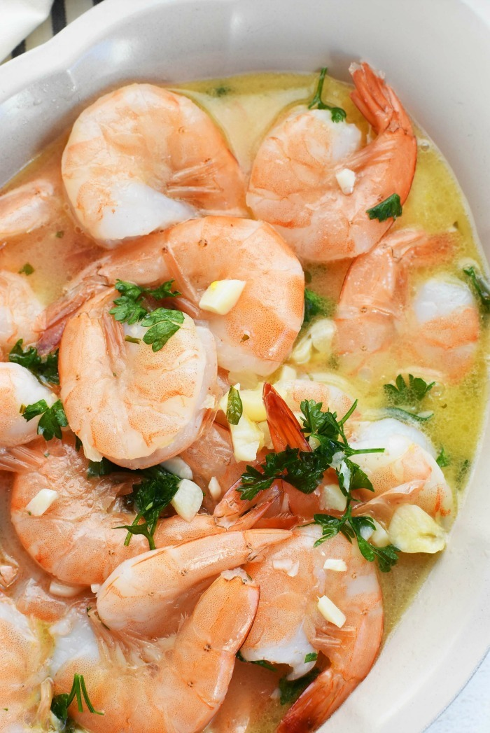 Sous Vide Garlic Butter Shrimp Recipe in oval dish.